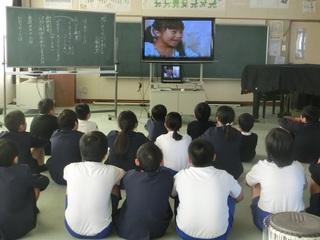 人権教室(上)ビデオ.jpg