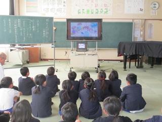 人権教室(下)ビデオ.jpg